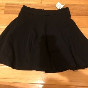 New with tags women's short skirt by lush.